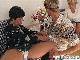 Mature lesbian Ladies Teaches A Young Boy With Sex Education