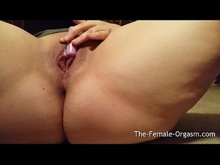 Horny fat Chubby MILF Selfie Wet Pussy Bate to Orgasm