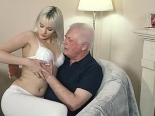 Young blonde hardcore blowjob and deep tight pussy my ass with grandpa in old young porn music video