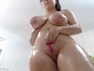 Awesome Wet Chubby Huge natural Boobs Camgirl