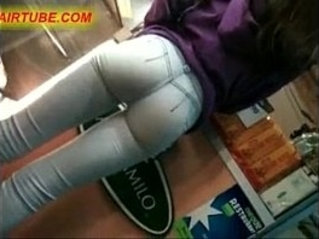 Candid camera in public store films perfect fit ass in jeans