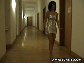 Amateur Milf and fucks in a hotel room