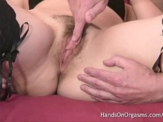 Real Amateur Cheating Wife Sneaks Over For A Hands On Orgasm Massage